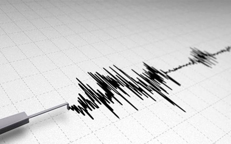 Acıpayam'da 3 saatte 26 artçı deprem oldu