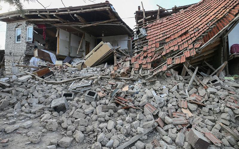 Acıpayam'daki bu depremler 5.1'in habercisi miydi?