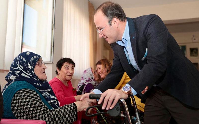 Örki: Annelere hizmet insanlığa hizmettir