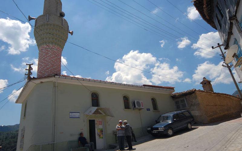Yapılış tarihi bilinmiyor: Buldan Aşağı Düzalan Camii