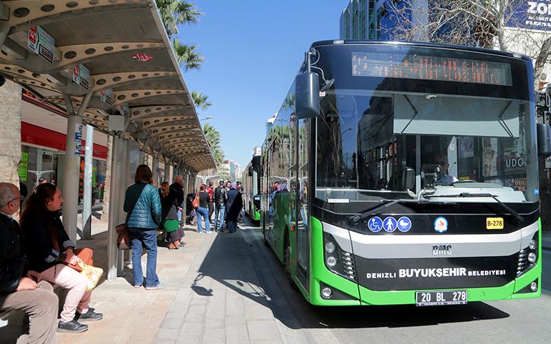 Büyükşehir'den YKS'ye girecek öğrencilere ücretsiz otobüs hizmeti