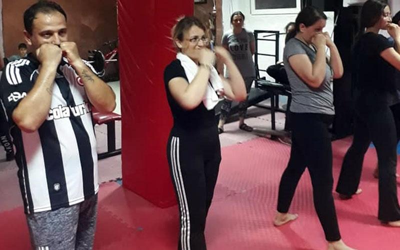 Buldan Belediyesi'nden kick boks kursu