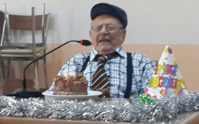 Dalyaya 1 kaldı, 99. doğum gününü kutladı