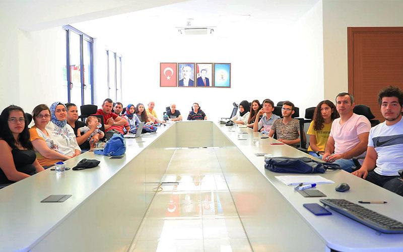 Pamukkale Belediyesi'nden işitme engellilere ilk yardım eğitimi
