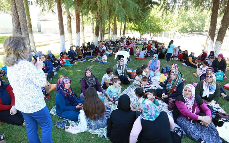 Kadınlar, 'Benim mahallem' projesiyle Cankurtaran kampında