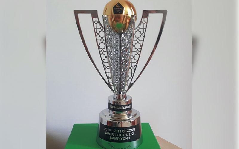 Denizlispor'dan 1.500 TL'ye şampiyonluk kupası