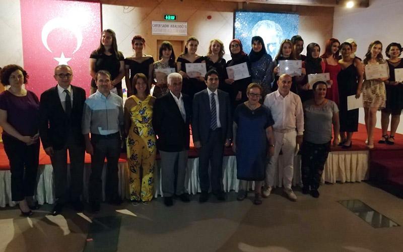 """CSA Eğitim ve Kültür Vakfı'nın """"Genç Yazarlar"""" Projesi tamamlandı"""