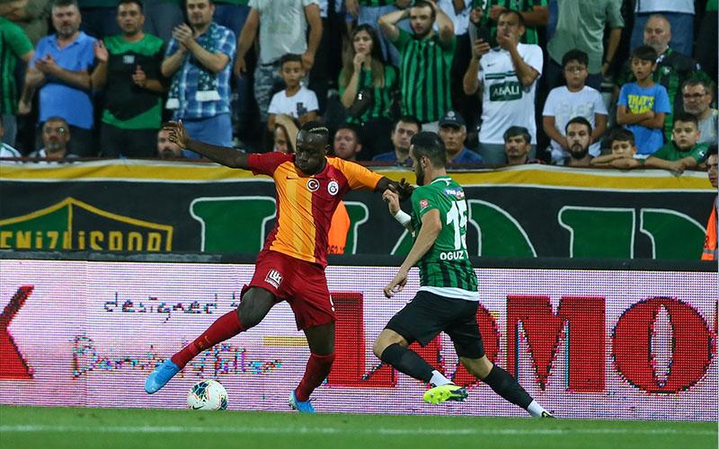 Süper Lig Denizlispor-Galatasaray maçı ile start aldı