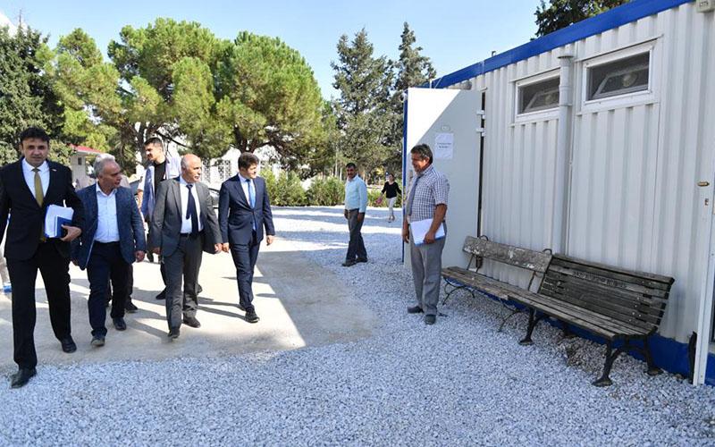 Karahan, deprem sonrası çalışmalarla ilgili inceleme yaptı