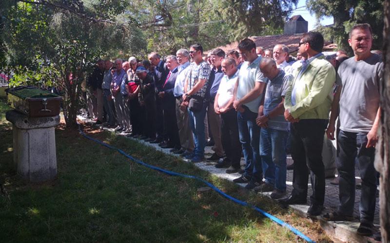 CHP'li Adnan Keskin'in halası vefat etti