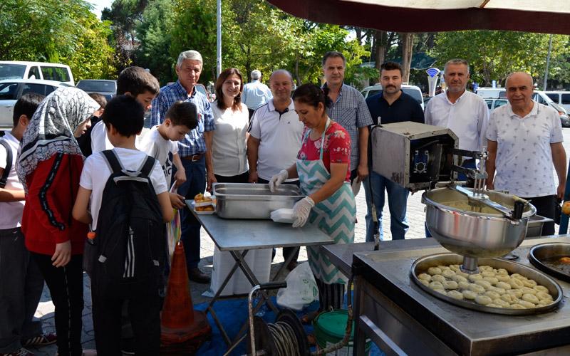 Menderes, Buldan'da lokma hayrı ile yad edildi