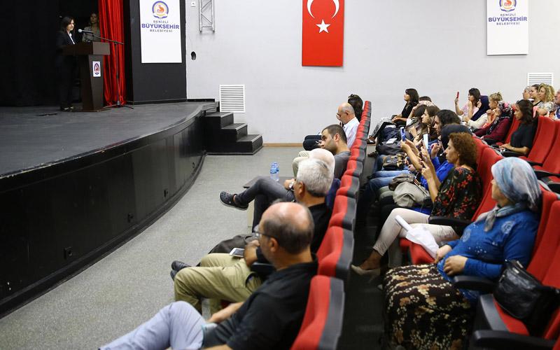 """Büyükşehir'den """"Kalbini Koru, İçinde Sevdiklerin Var"""" semineri"""