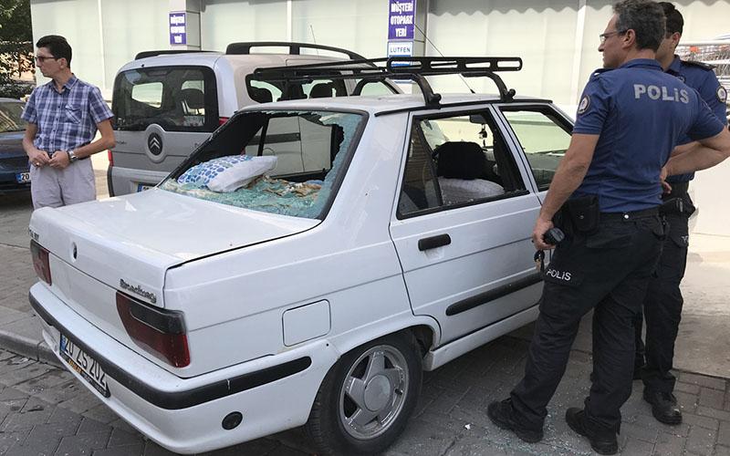 Emekli polise sopayla saldırı