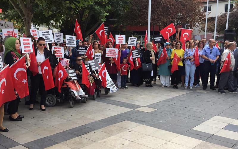 """Denizlili annelerden Diyarbakır'daki """"Evlat Nöbeti""""ne destek"""