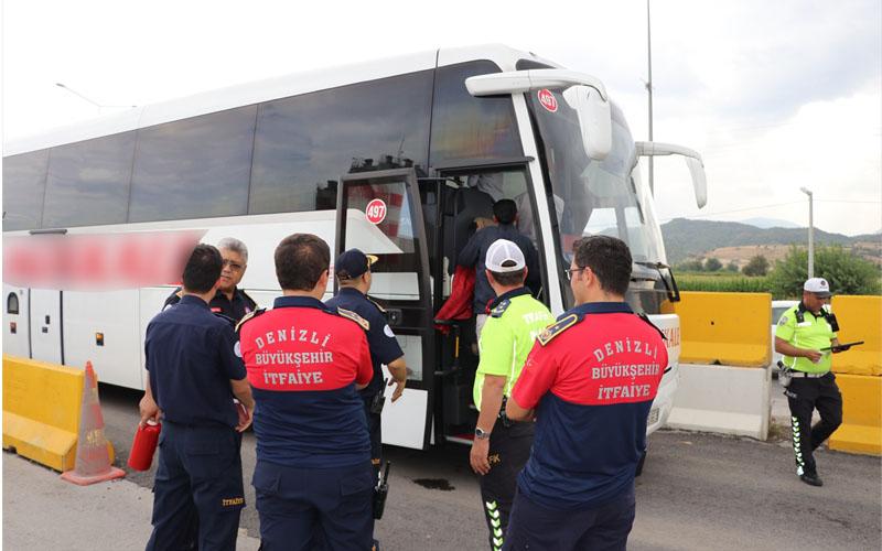 """Otobüs yangınlarına karşı """"yolda"""" eğitim"""