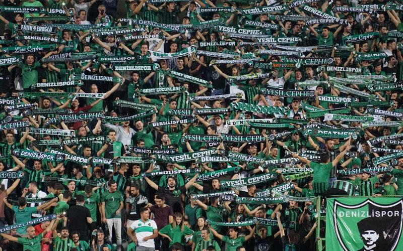 Y.Denizlispor-Konyaspor maçını 10.918 kişi izledi