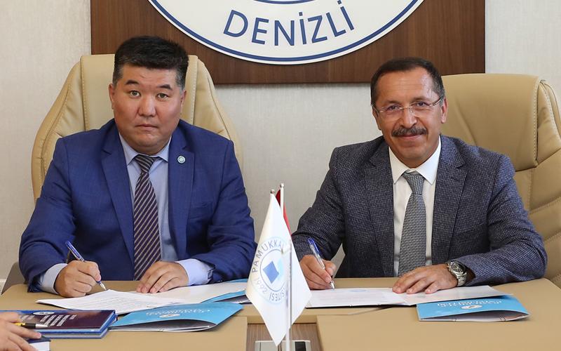 PAÜ, Kazakistan Üniversitesi ile anlaşma imzaladı