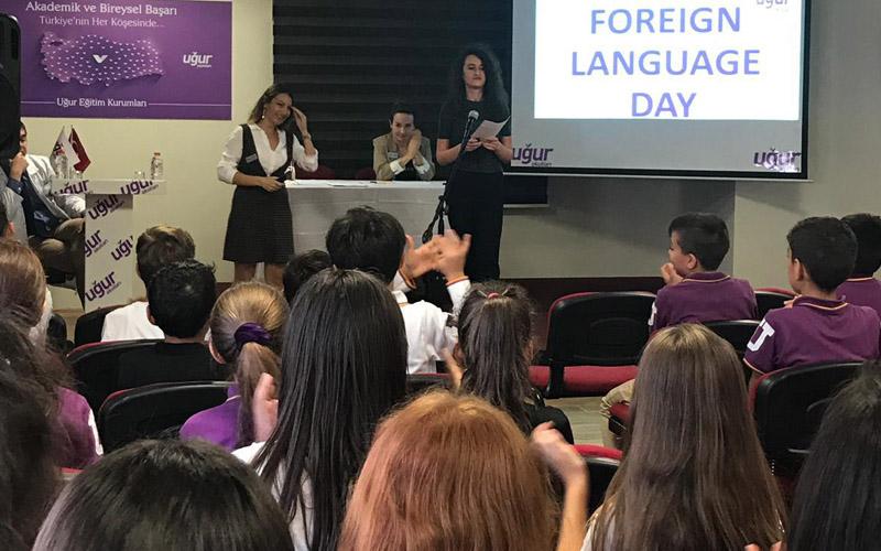 Uğur Okulları'nda etkinliklerle Yabancı Diller Haftası