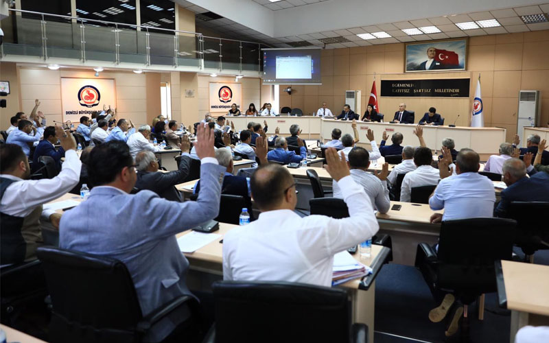 Büyükşehir Meclisi'nden Zolan'a 400 milyon TL kredi yetkisi