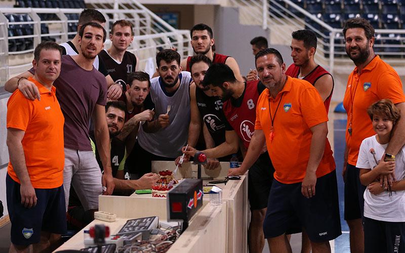 Denizli Basket'te Gökhan'a doğum günü sürprizi