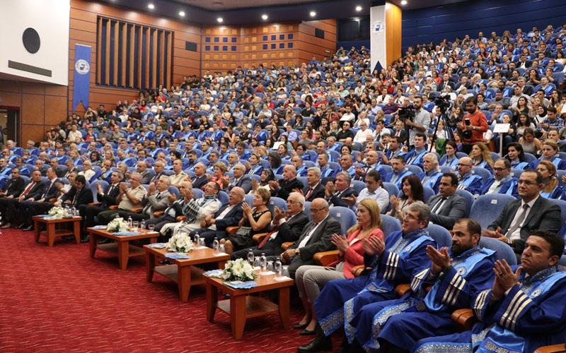 PAÜ'de akademik yıl açılış töreni