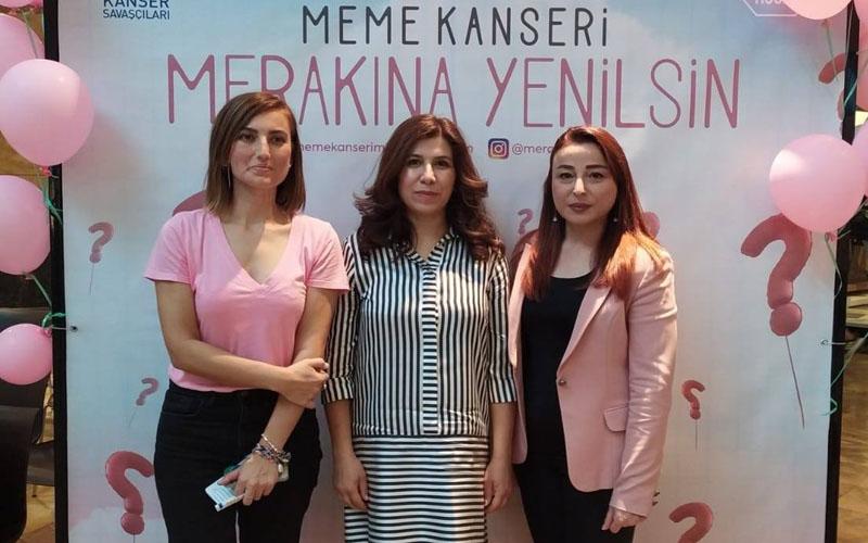 AVM'de kadınlara meme kanseri bilgilendirmesi