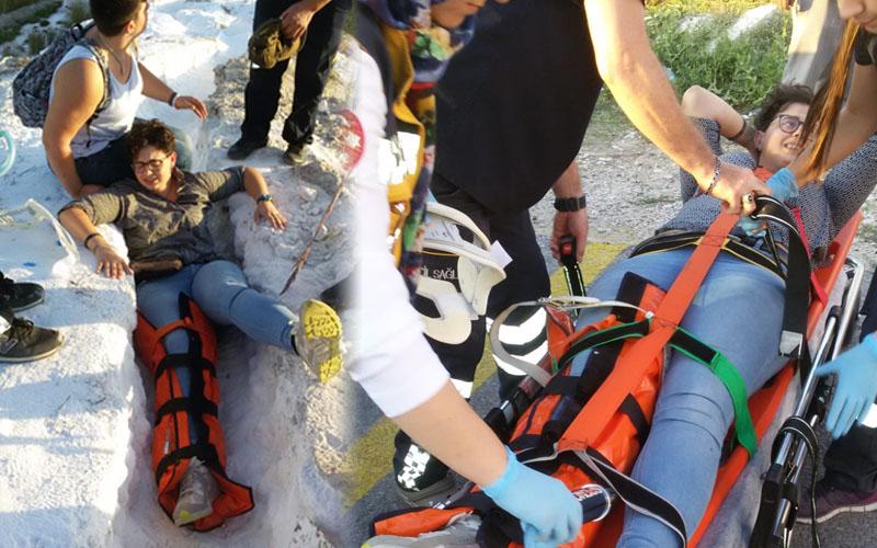 Pamukkale'de turist traverten gezisinde ayağını kırdı