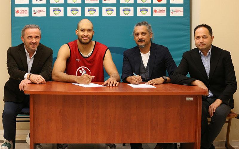 Merkezefendi Basket'te Jordan imzayı attı