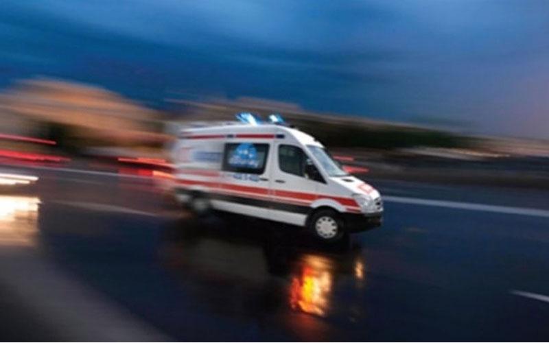 Dur ihtarına uymayan sürücü 2 polisi yaraladı