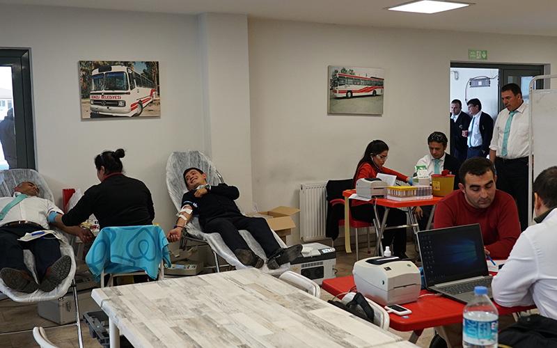 Ulaşım A.Ş. personelinden Kızılay'a kan bağışı