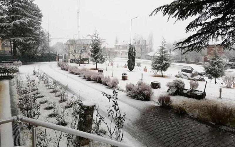 O ilçede kar yağışı başladı