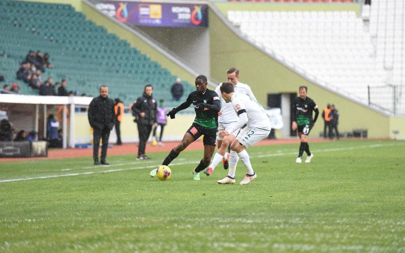 Denizlispor ile Konyaspor golsüz berabere kaldı