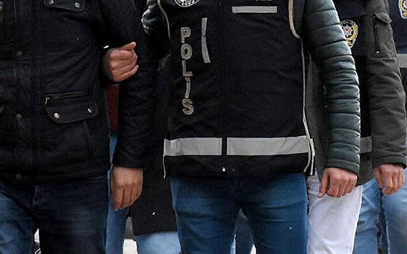 FETÖ'den yakalanan 8 kişiden 4'ü tutuklandı