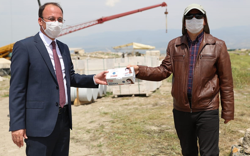 Örki'den Laodikya kazılarında çalışanlara maske