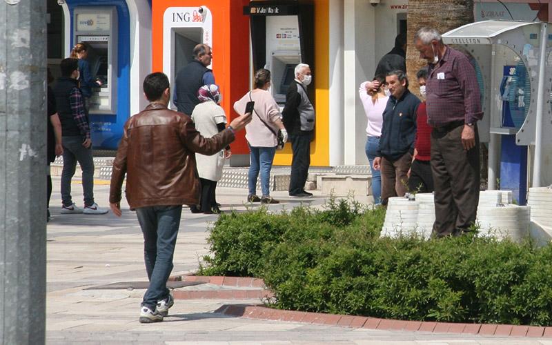 Sokağa çıkma yasağını ihlal edenlere 290 bin lira para cezası