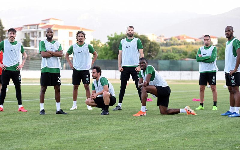 Denizlispor'da futbolculara 4 gün bayram izni