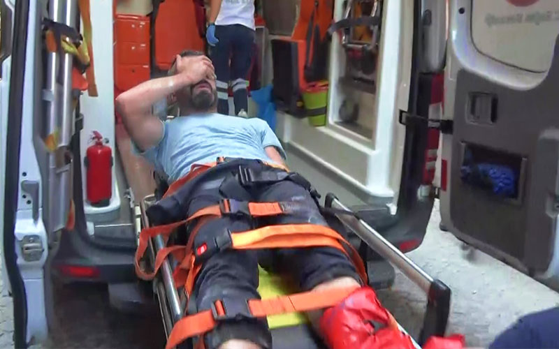 Dolandırıcılıktan aranan kişi polisi görünce 3. kattan atladı