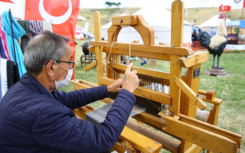 Okçular Vakfı'nın düzenlediği Malazgirt Zaferi kutlamalarında Denizli kültürü tanıtıldı
