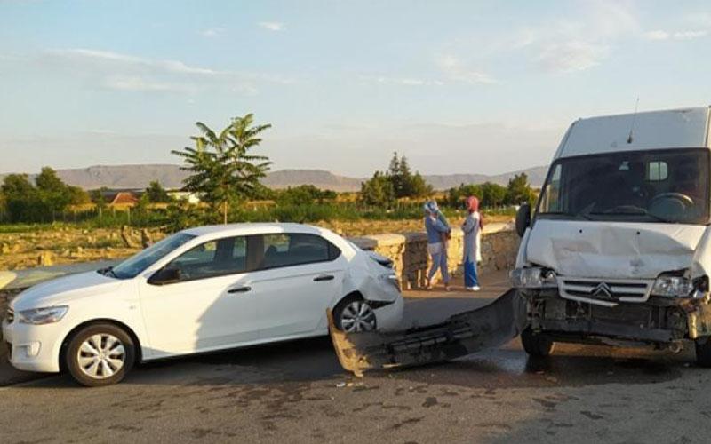 Çivril'deki trafik kazasında 1 kişi yaralandı