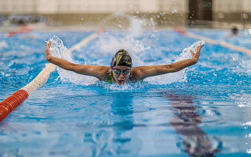 Büyükşehirin havuzları yüzme sporuna ilgiyi artırdı