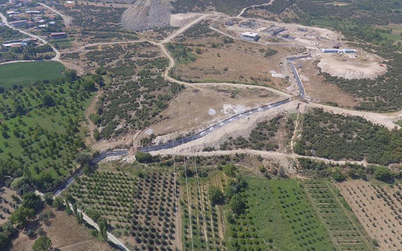Kente içme suyu sağlayacak Akbaş Barajı isale hattının 11 kilometresi bitti