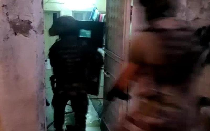 300 polisle Denizli ve Şanlıurfa'da eş zamanlı operasyon