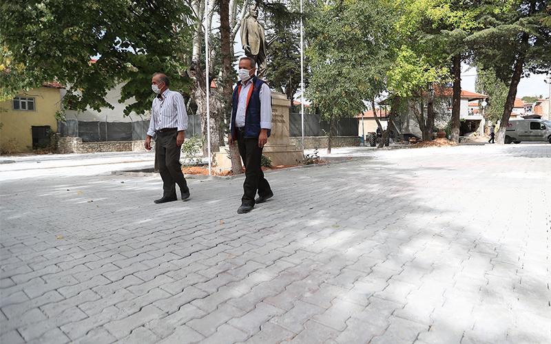 Uzunpınar'ın yollarına beton kilit parke taşı