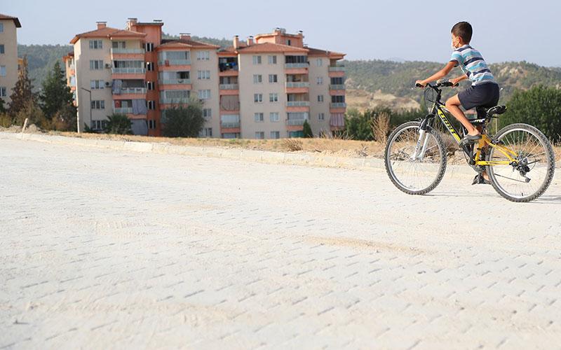 Pınarkent'te kilit parke taşı döşeme çalışmaları tamamlandı