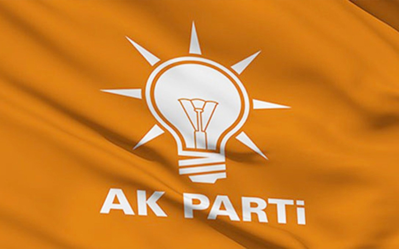AK Parti'de il başkanlığı için temayül yoklaması yapılıyor