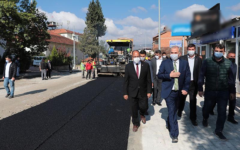 Beyağaç'ın yollarına sıcak asfalt