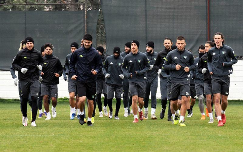 Y. Denizlispor, 6 puanlık maç için Erzurum'da