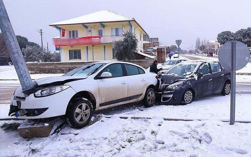 Karla meydana gelen kazalar
