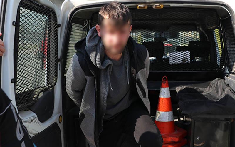 Uyuşturucu ve tabancayla yakalanan kişi gözaltına alındı