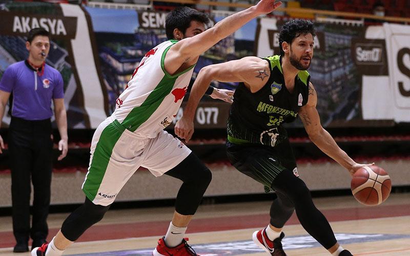 Merkezefendi Belediyesi Denizli Basket, Yalovaspor'u 92-85 yendi